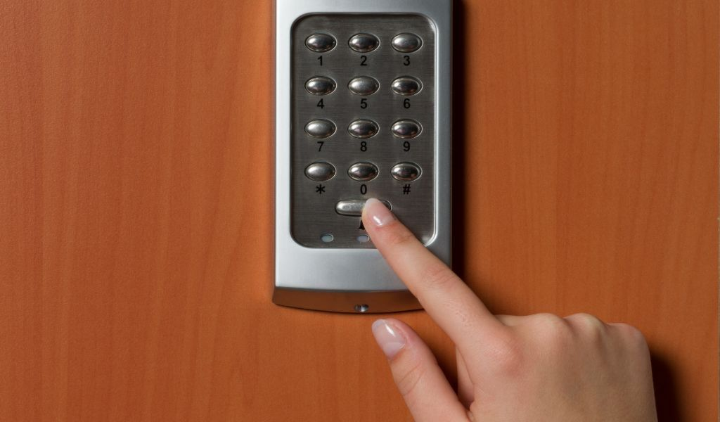 Barrington Oaks Area Locksmith - Car Key Pros