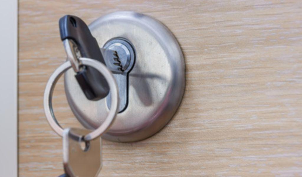 Locksmith Camp Swift TX - Car Key Pros