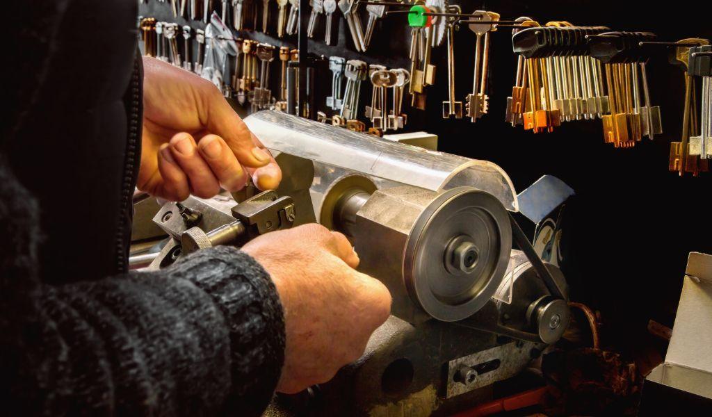 Locksmith East Congress Area - Car Key Pros